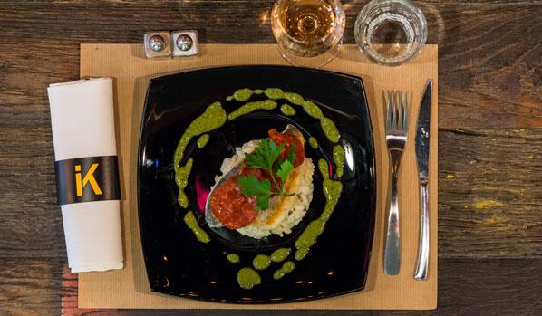 la-fabrik-steakhouse-food-&-drink-restaurant-bar-hangar-quai-rouen-seine-25-main-dorade-598x349