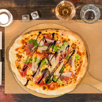 la-fabrik-steakhouse-food-&-drink-restaurant-bar-hangar-quai-rouen-seine-31-pizza-200x200